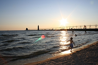 Picture of Grand Haven, MI State Park Beach